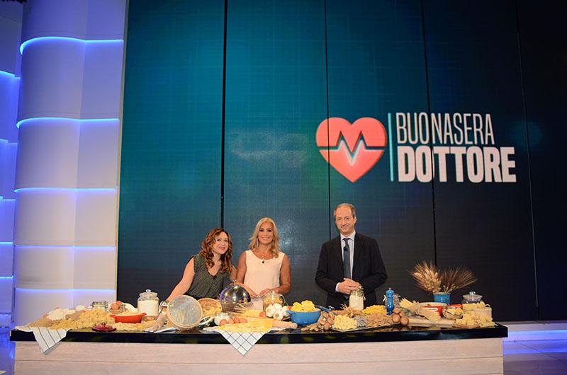 Valeria Graci Monica Di Loreto e Luca Piretta